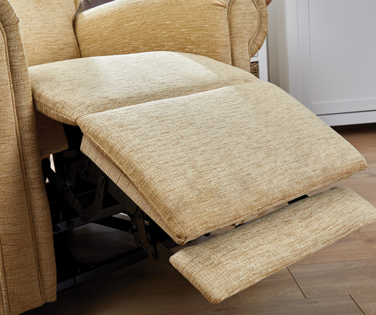 Malvern+Riser-Recliner-Long-Foot-Rest
