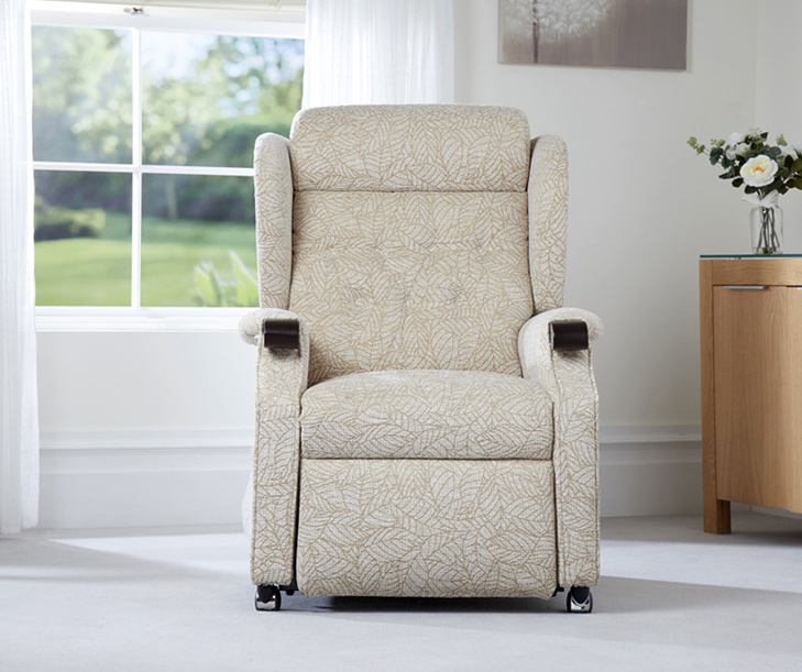 Kenilworth-Riser-Recliner-Chair1