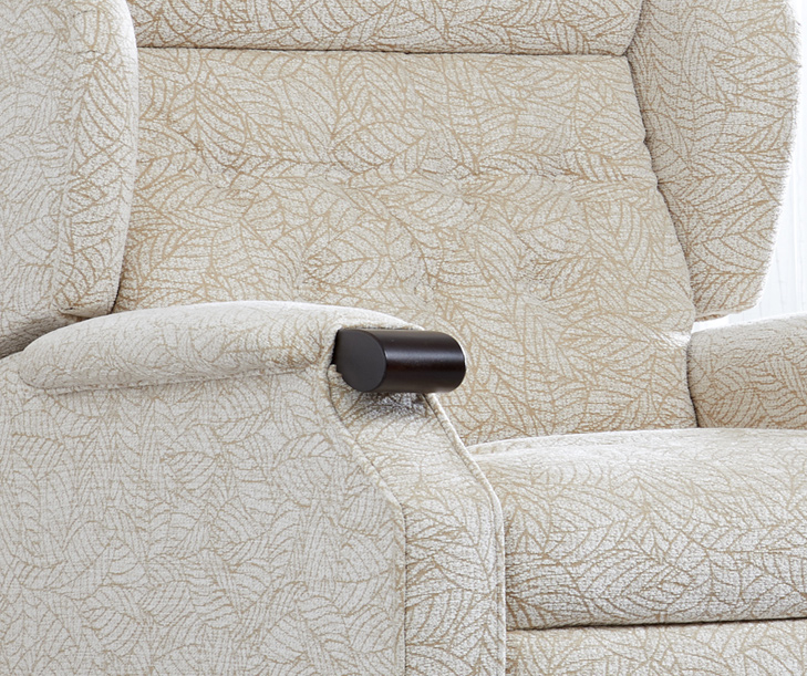 Kenilworth-Riser-Recliner-Chair2